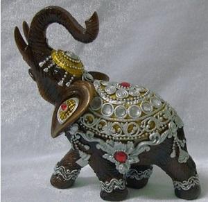 красивый слоник на счастье